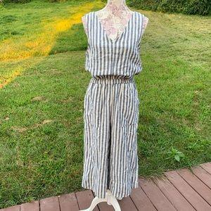 Splendid Striped Linen Jumpsuot